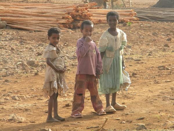Enfants sur la route