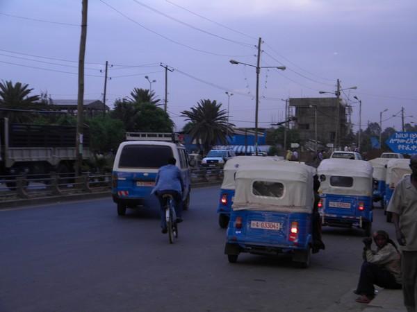 Petits taxis à Bahar Dar